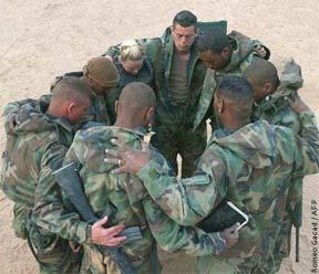 soldiers_pray.jpg