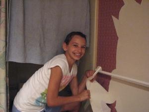 Madi peeling wallpaper